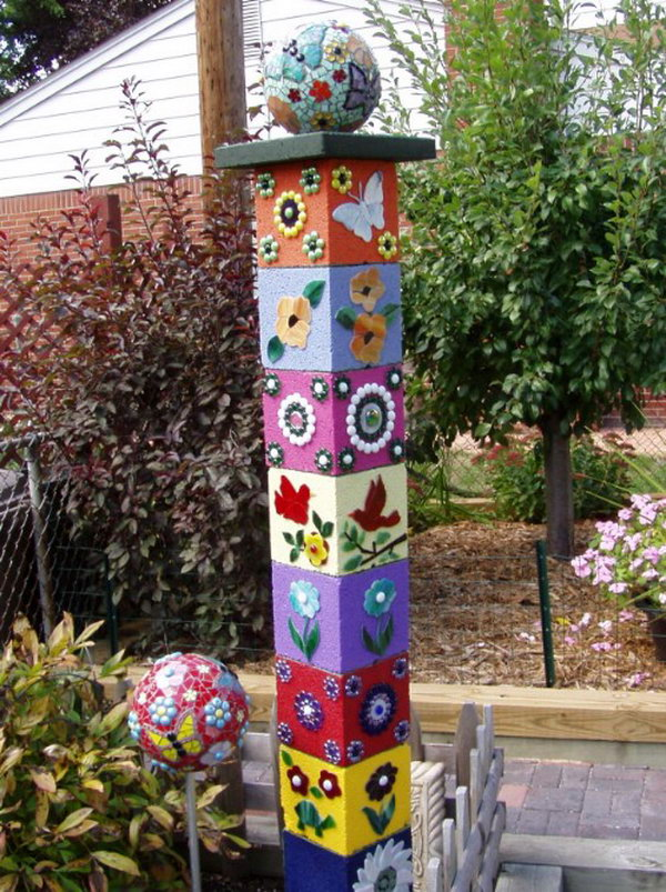 20 Cute and Decorative Totem Sculpture for Your Garden