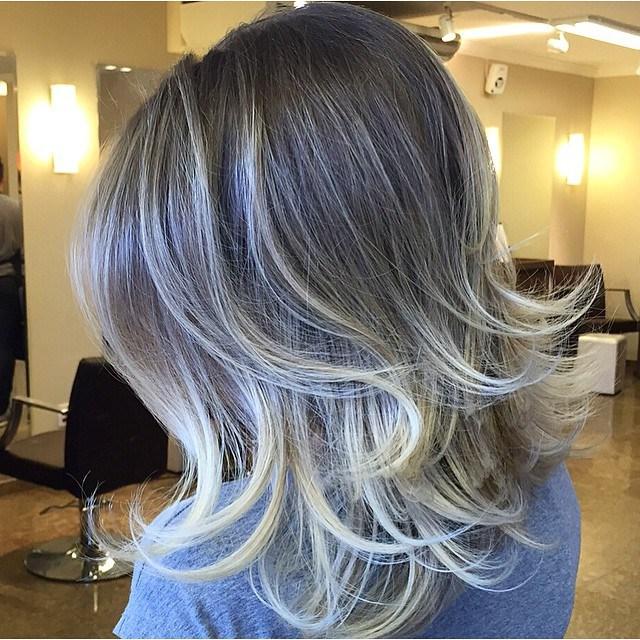 20 medium layered voluminous hairstyle