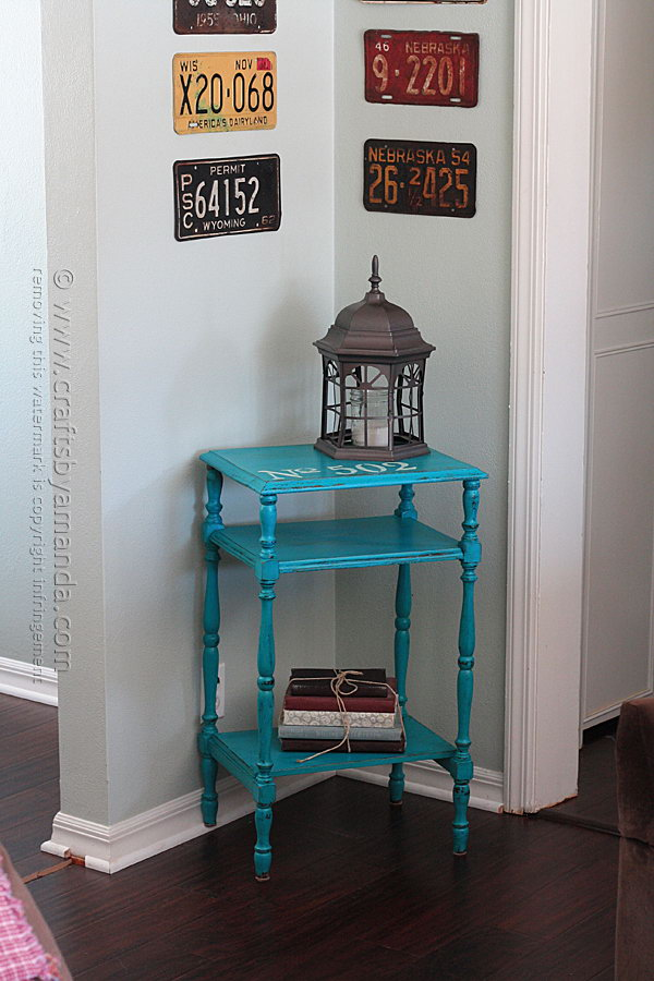 22 Stenciled Chalky Finish Paint Table Makeover