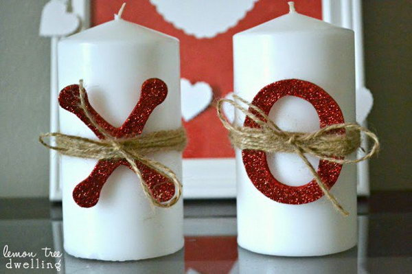 22 XOXO Candles