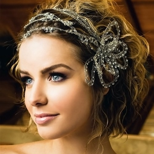 23 Wedding hairstyles for wavy hair