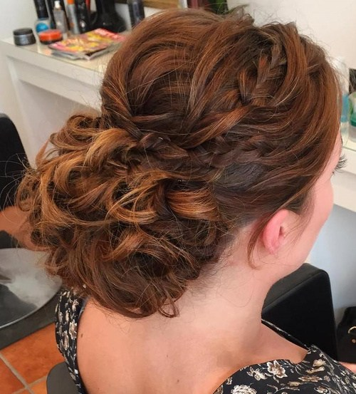 27 curly prom hairstyle for long hair