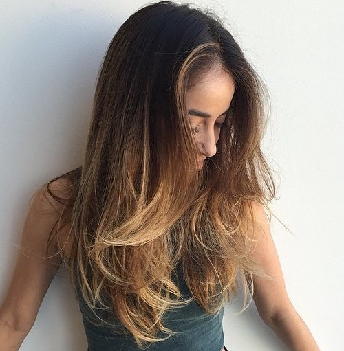 28 long messy hairstyle