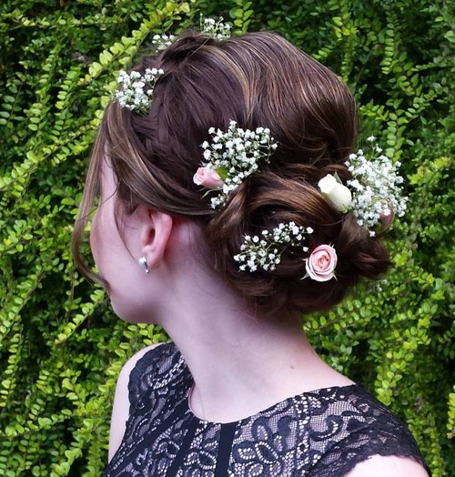 28 simple updo with hair flowers