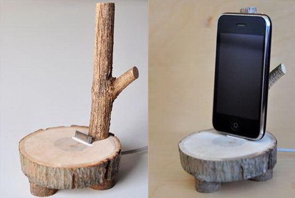 29 DIY wood Phone Holder