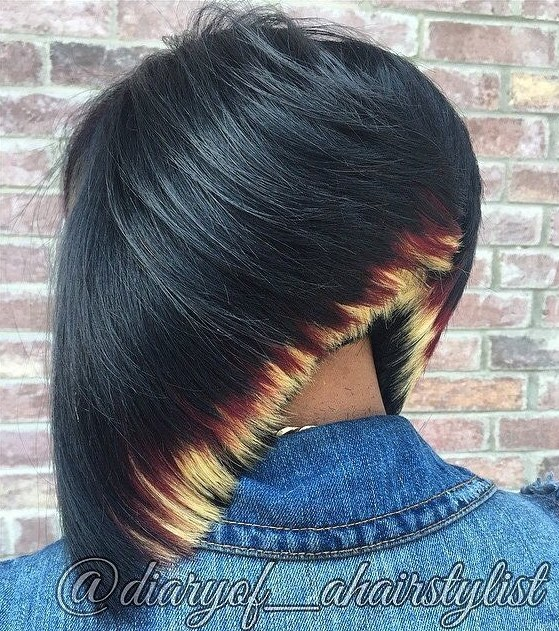 30 black bob with blonde ends