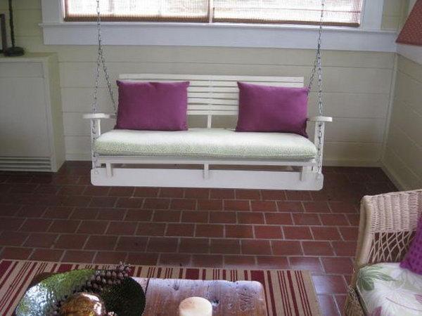 31  DIY Pallet Swing Chair
