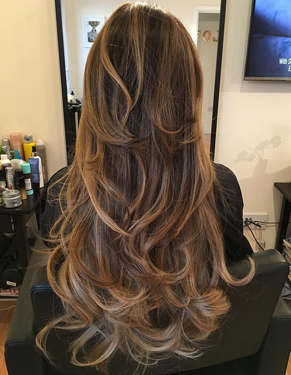 33 subtle caramel balayage for long hair