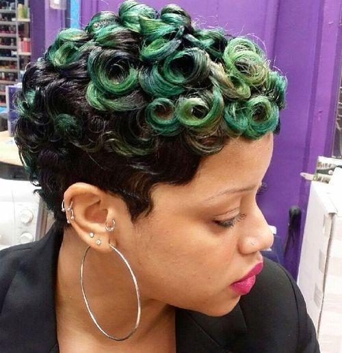 34 black women short haircut styled in fun curls