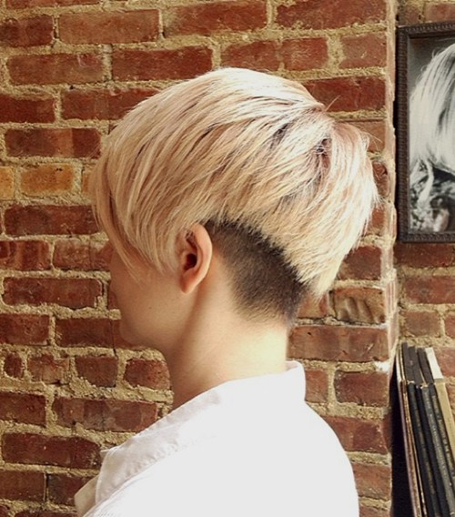 34 short shaggy haircut with nape undercut