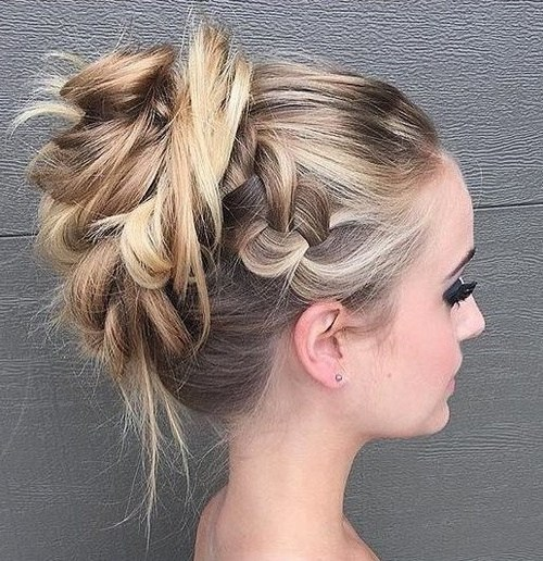 36 messy prom hairstyle for long hair
