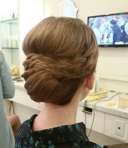 40 formal chignon prom hairstyle for long hair