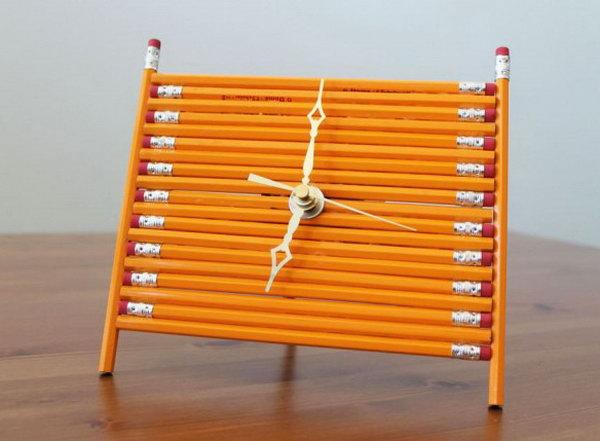 5  Pencil Desk Clock