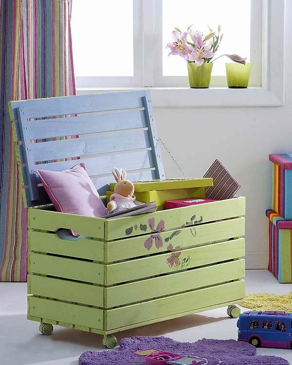 51 DIY Pallet Kids Toy Box