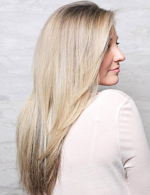 57 long straight blonde hairstyle