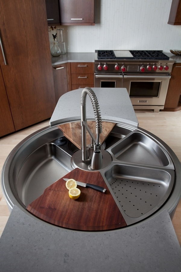 6 Cutting Board on the Rotating Sink
