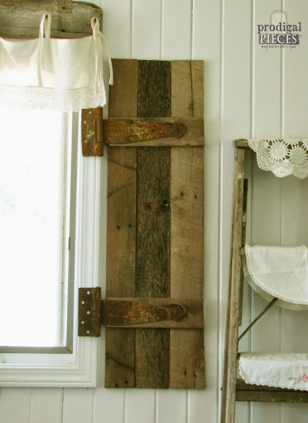 13 Awesome DIY Pallet Projects with Tutorials