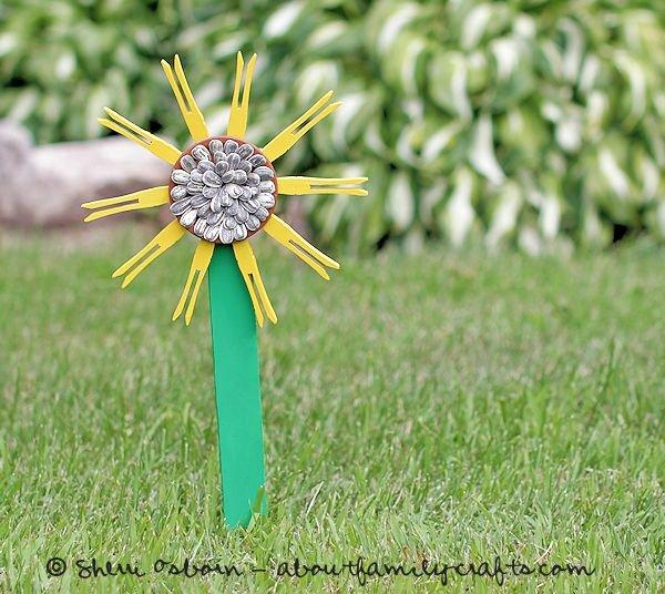 23 Clothespin Sunflower
