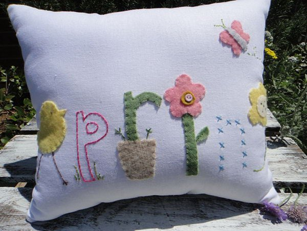 11 Colorful White Easter Linen Pillow