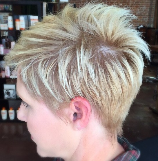 13 feathered blonde pixie