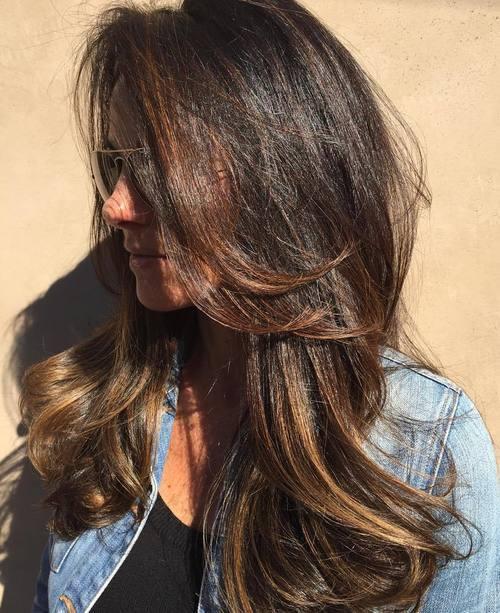 15 long tousled brunette balayage hairstyle