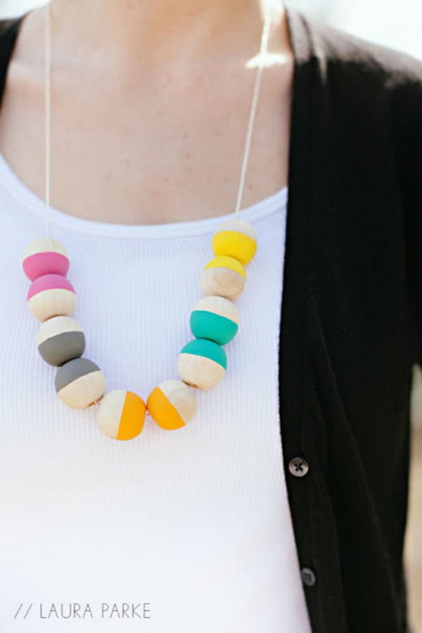 19 DIY Painted Wooden Beaded Necklace