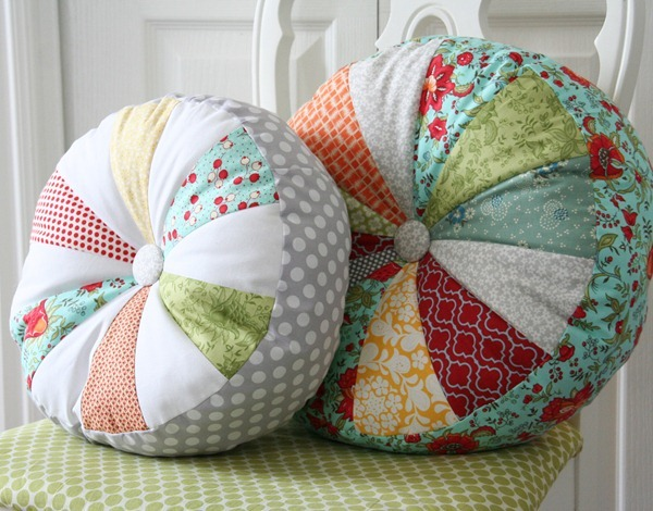 2 DIY Sprocket Pillows
