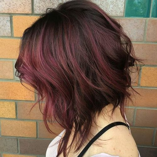 2 messy wavy bob with marsala balayage