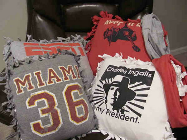 20 Old T-Shirt No-sew Pillows
