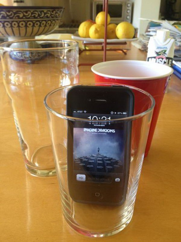 21 Makes your iPhone speaker louder in a simple way