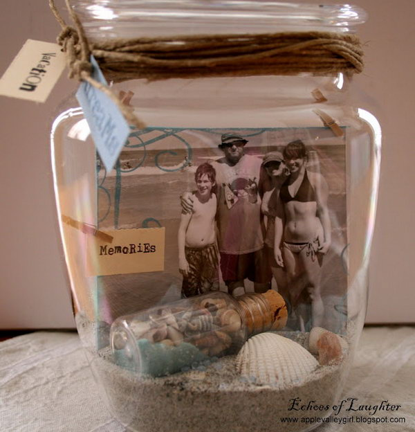 33 Pictures In A Jar