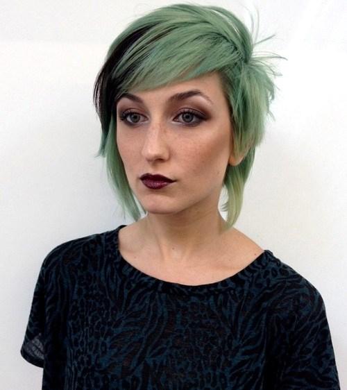 35 layered short to medium cut for pastel hair
