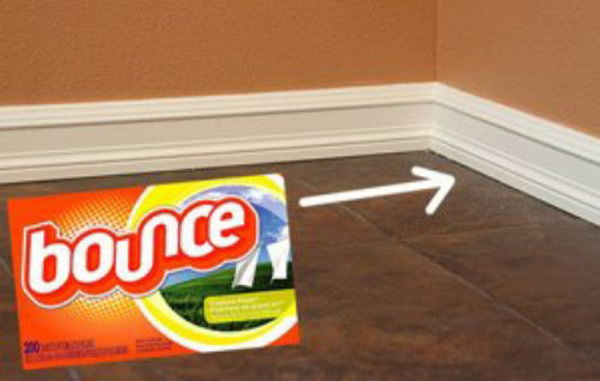 12 Keep Baseboards Clean With Fabric Softener Sheet