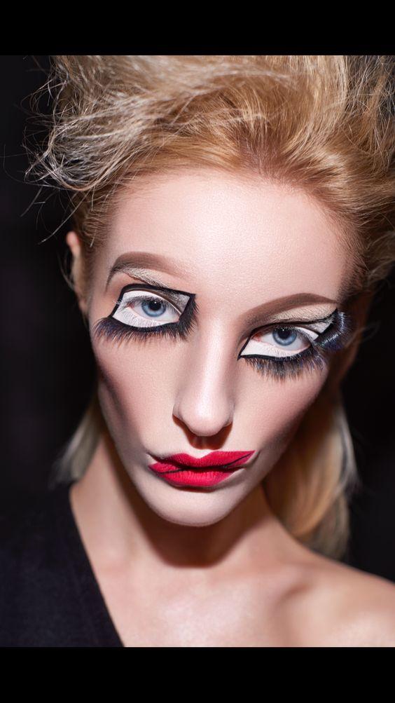 15 Easy Pretty Halloween Makeup Ideas For Women