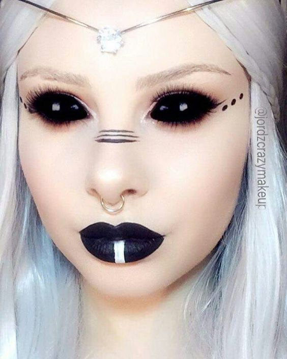 50 Pretty and Unique Makeup Looks For Halloween; the hottest Halloween makeup looks. Find this Pin and more on Halloween Makeup by Jasmine Grillo. Makeup / Hair Ideas & Inspiration When it comes to Halloween makeup, the general idea is the more elaborate, the better.