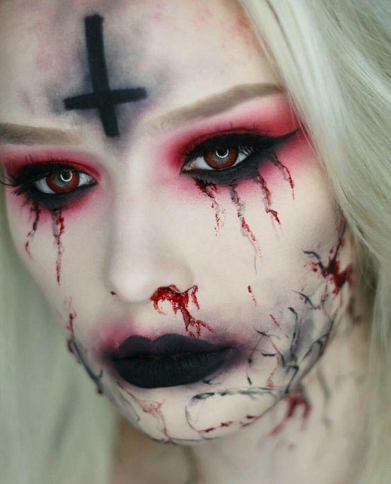 26 Scary Horrifying Halloween Makeup Ideas