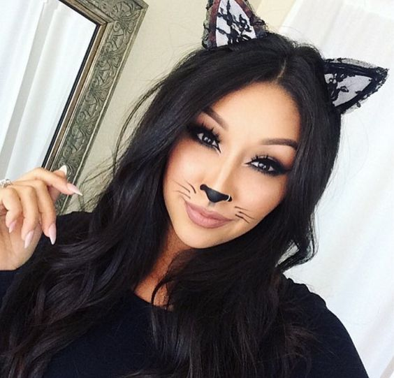 36 Halloween Makeup Ideas For Women