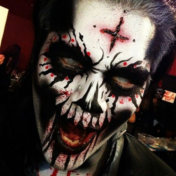 41 Scary Horrifying Halloween Makeup Ideas