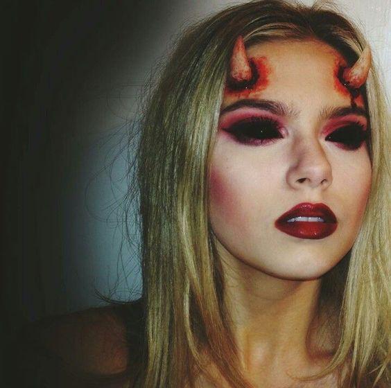 45 Scary Horrifying Halloween Makeup Ideas