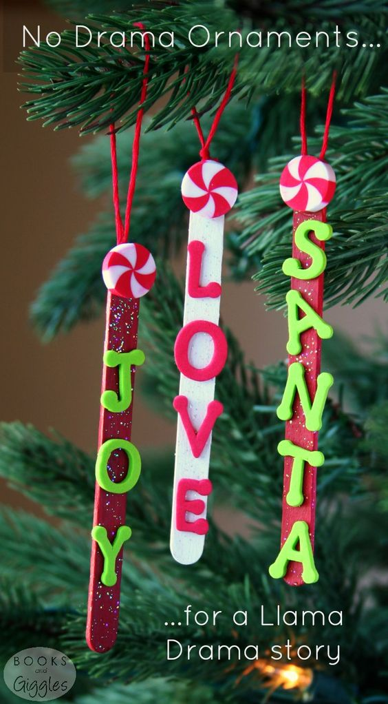 11 DIY Ideas and Tutorials to Recycle Popsicle Sticks for Christmas
