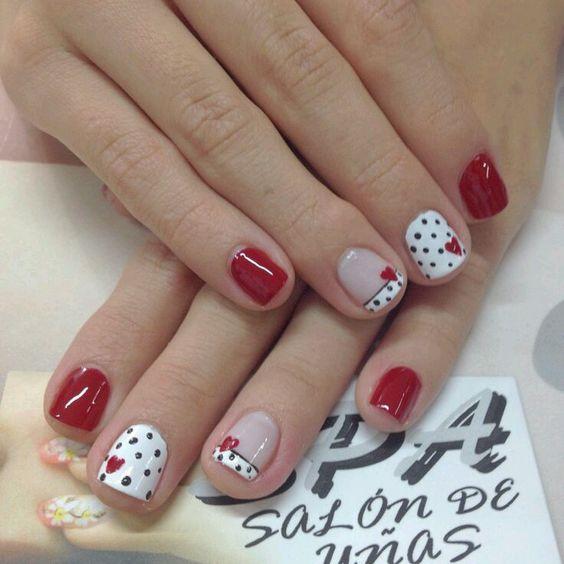 2 valentines nails