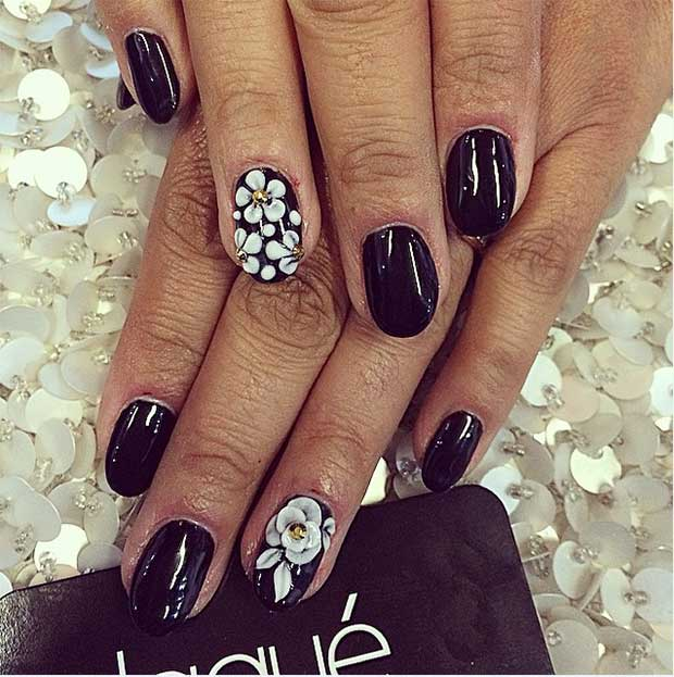44 Floral Accent Nails