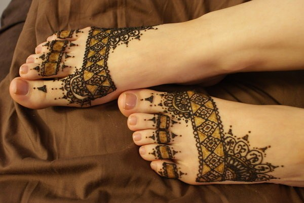 50 Lacy Tattoo Designs For Foot