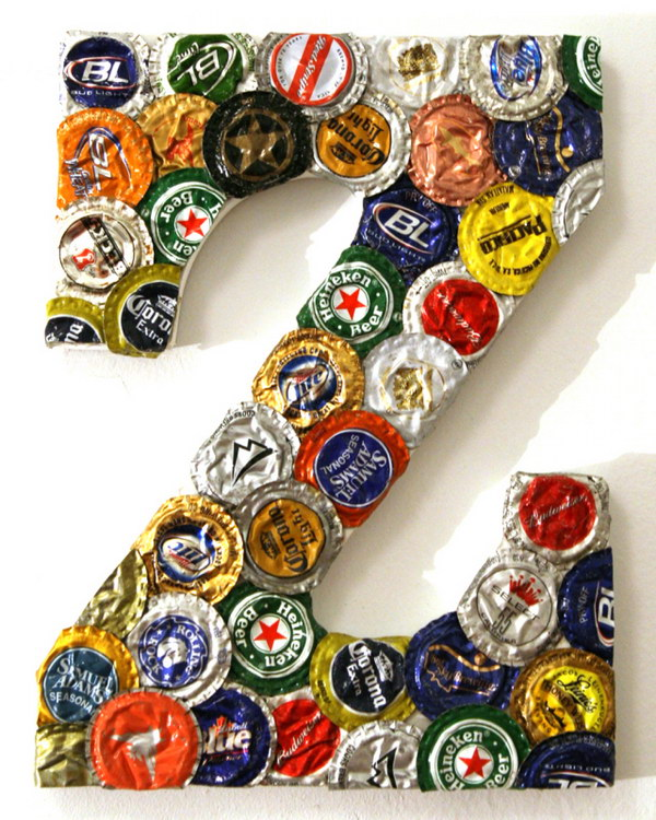 10 Awesome Ideas and Tutorials to Craft with Bottle Caps