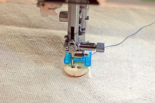20 Great Sewing Tips  and  Tricks That You Should Know