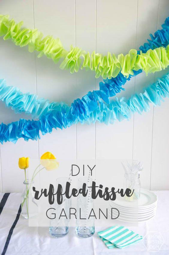 26 DIY Ruffled Tissue Garland
