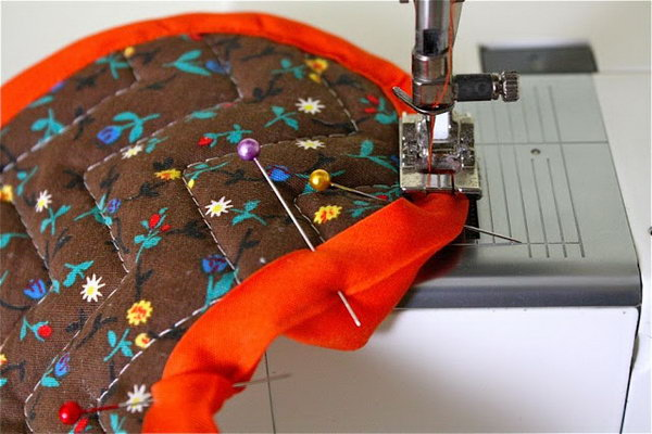 27 Great Sewing Tips  and  Tricks That You Should Know