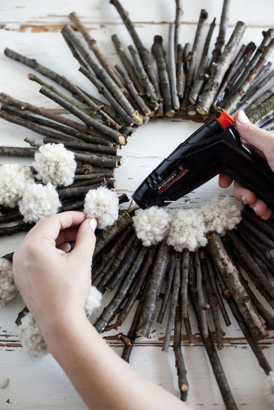 4 Awesome Twig Crafts for Kids With Lots of Tutorials