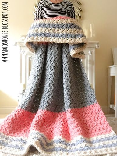 5 Beautiful Crochet Blankets with Free Patterns