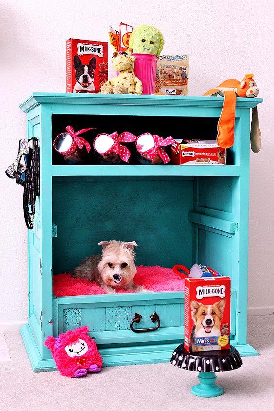 5 Creative DIY Pet Bed Ideas  and  Tutorials